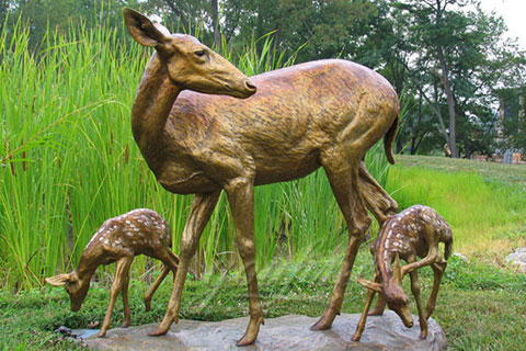 Antique Customized Antique Deer Bronze Animal Sculptures For Sale