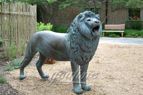 Decorative Garden Standing Casting Bronze Lion Statue for sale