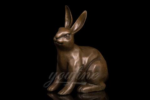 Full size bronze metal rabbit sculpture for garden decor