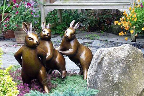 Full size casting bronze rabbit sculpture for sale