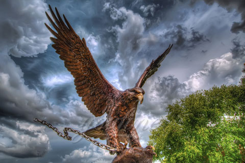 Outdoor garden statues Decor eagle sculptures for sale