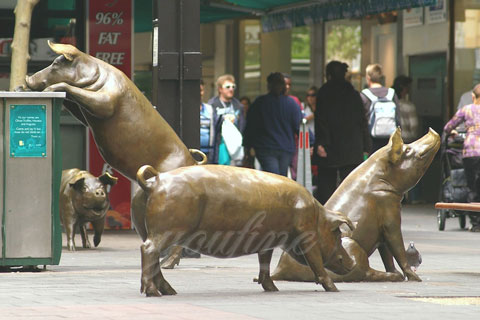 Bronze large animal statue sitting pig bronze sculptures for sale