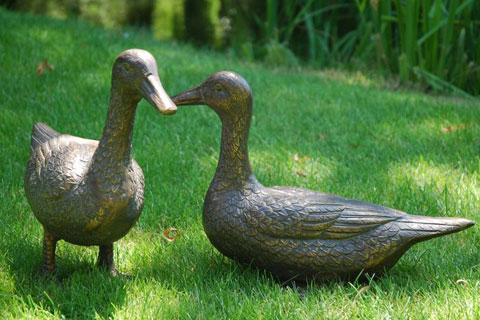 Full size bronze animal  duck statue sculpture for garden
