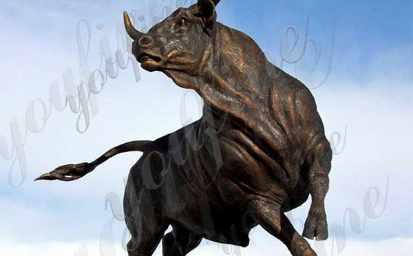 Large Size Casting Bronze Animal Bull Sculpture for Garden Decor Manufacturer BOKK-718