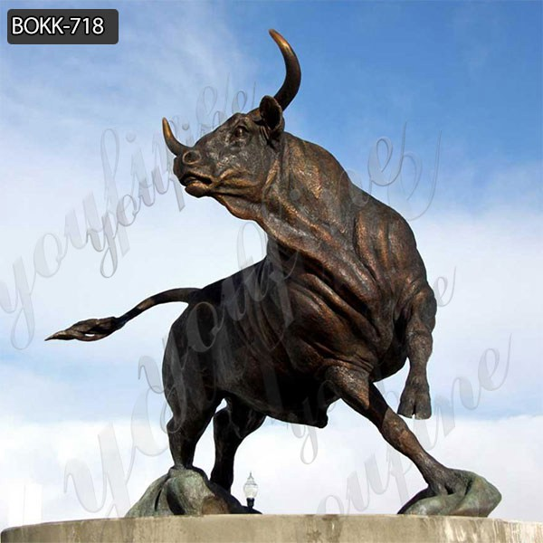 Large Size Casting Bronze Animal Bull Sculpture for Garden Decor Manufacturer BOKK-718