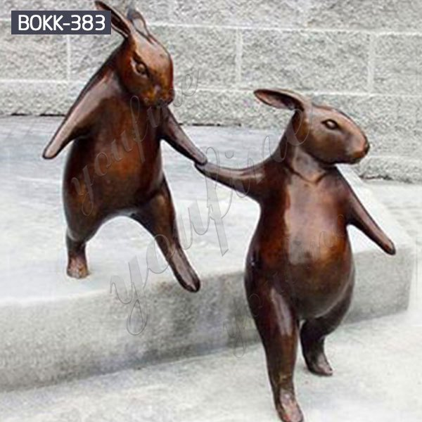 Outdoor Decorative Casting Bronze Rabbit Going Down Stairs Sculpture for Sale BOKK-383