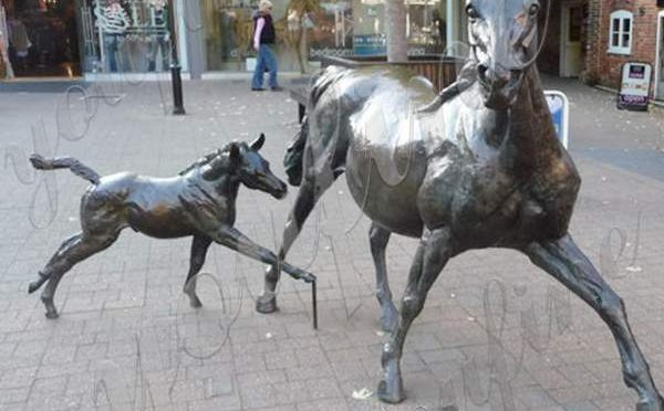 Outdoor Garden Ringwood Bronze Mare and Foal Sculpture Replica BOKK-865