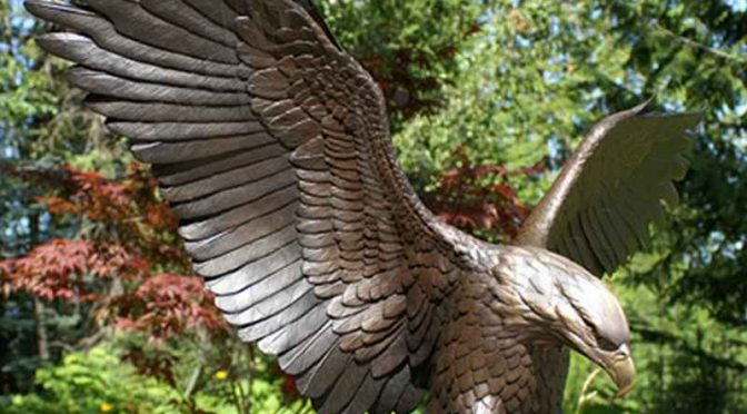 Life Size Outdoor Cast Bronze Flying Eagle Statue for Sale
